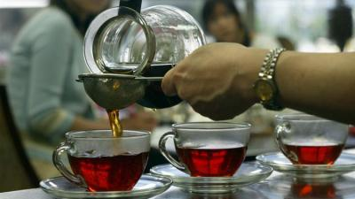 Could drinking tea boost brain health?