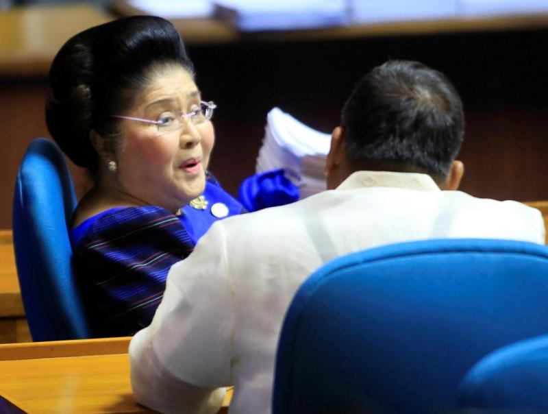 Former Philippine First Lady and incumbent congresswoman Imelda Marcos attends the third and final reading of the death penalty bill inside the House of the Representatives in Quezon city, metro Manila, Philippines March 7, 2017. REUTERS/FILE PHOTO