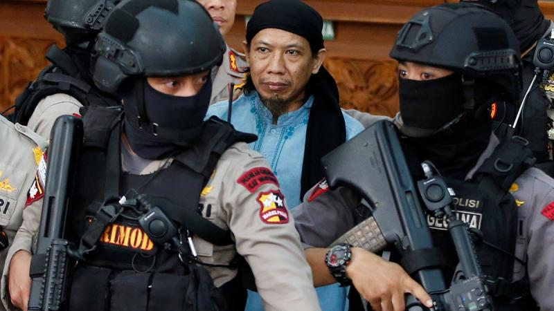 Indonesia IS-linked cleric gets death for terror attacks