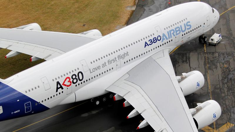 Airbus decides to close A380 production