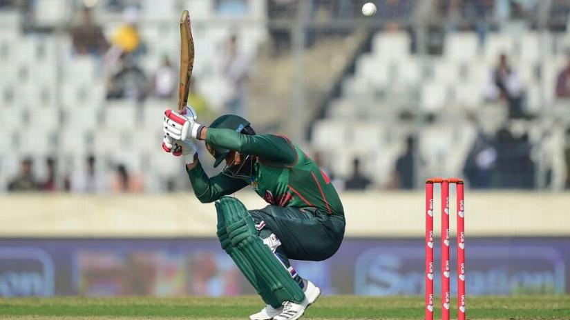 Tamim Iqbal gets under a bouncer
