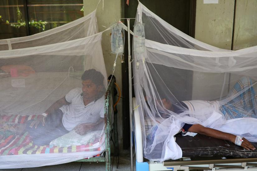 Dengue infected patients are seen hospitalised at the Shaheed Suhrawardy Medical College and Hospital in Dhaka, Bangladesh, August 2, 2019. REUTERS